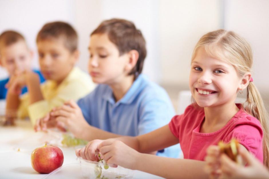 """Startuje program """"Owoce i warzywa w szkole"""""""