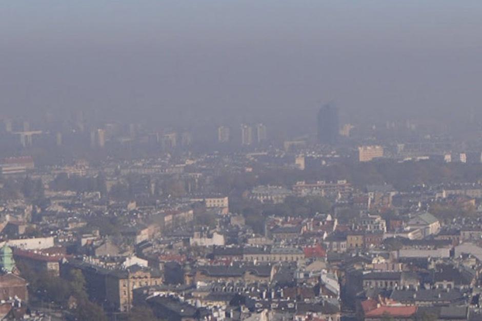Smog na południu Polski: skala zanieczyszczenia powietrza jest ogromna