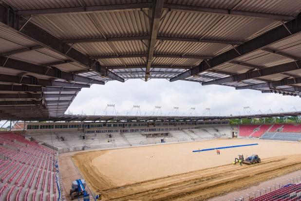 Stadion Widzewa Łódź ma już nowy dach