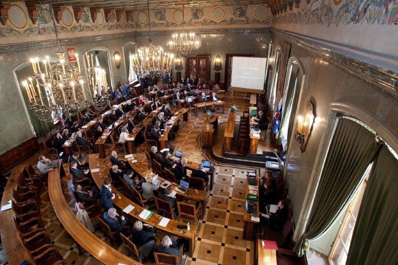 Rada Miasta Krakowa przyjeła program podczas sesji 14 września (fot. krakow.pl)