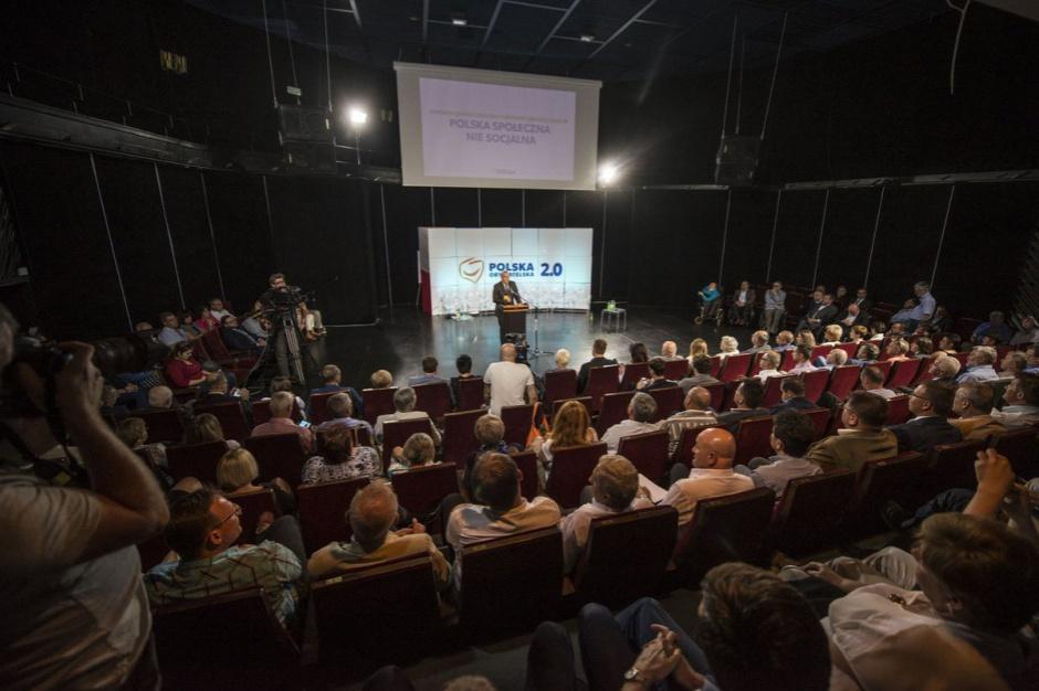 PO szykuje nową politykę społeczną na wybory samorządowe