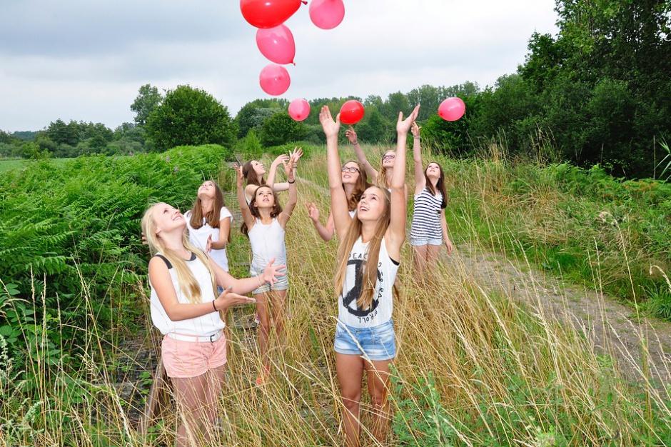 Równać szanse 2016: wsparcie dla nastolatków z małych miast i wsi