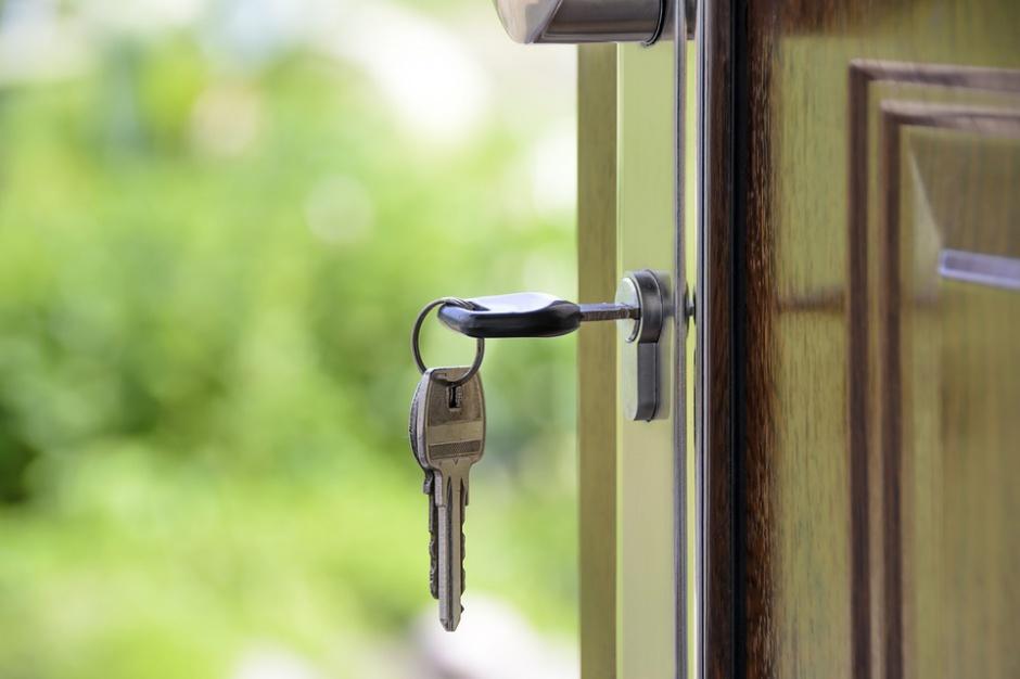 GUS: wzrosła liczba oddanych do użytku mieszkań w 2016 roku