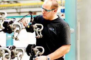 Fabryka w Gliwicach się rozwija i zatrudnia kolejnych pracowników