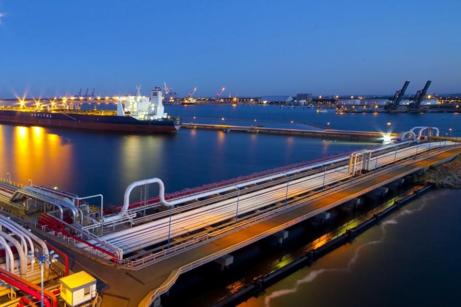 Rząd połączy Zalew Wiślany z Zatoką Gdańską i pogłębi tor wodny Szczecin - Świnoujście