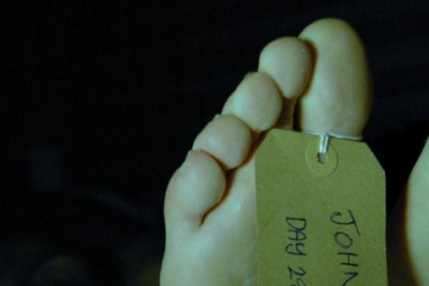 Problem z wystawianiem kart zgonu: Potrzebne są nowe przepisy regulujące stwierdzanie śmierci
