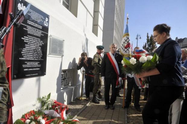 W Bydgoszczy odsłonięto tablicę poświęconą bohaterom Polskiego Państwa Podziemnego