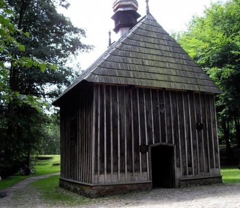 Łódź. Zabytkowe kapliczki w Łagiewnikach zostaną wyremontowane