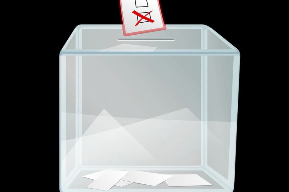 Płoty: Nieważne referendum ws. odwołania burmistrza i rady gminy