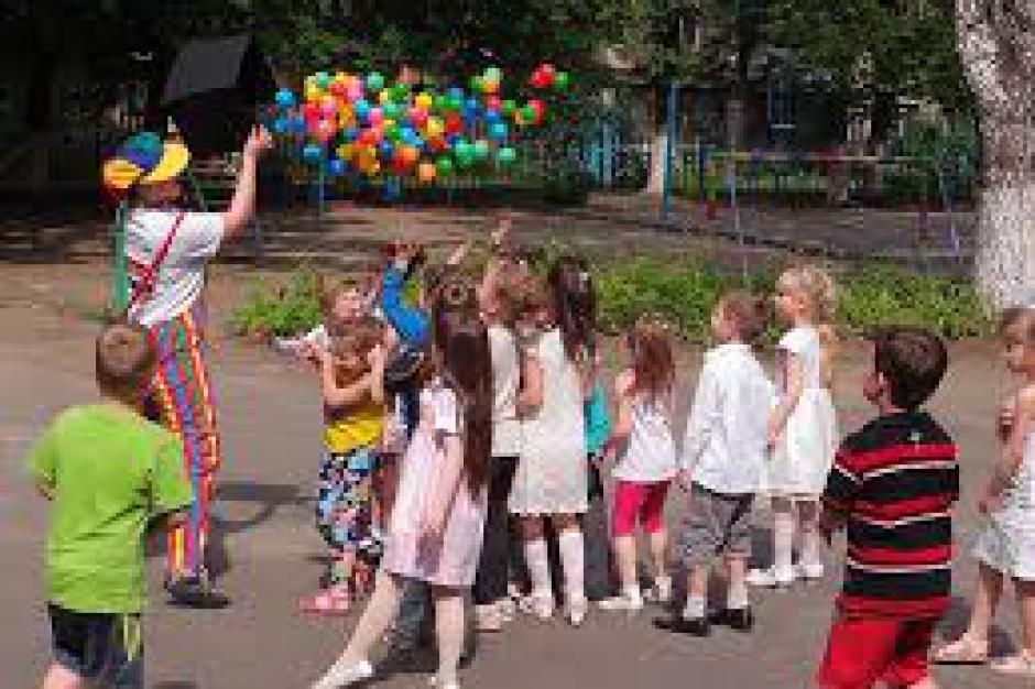 Czy polskie rodziny wysłały dzieci na wakacje? Jest podsumowanie