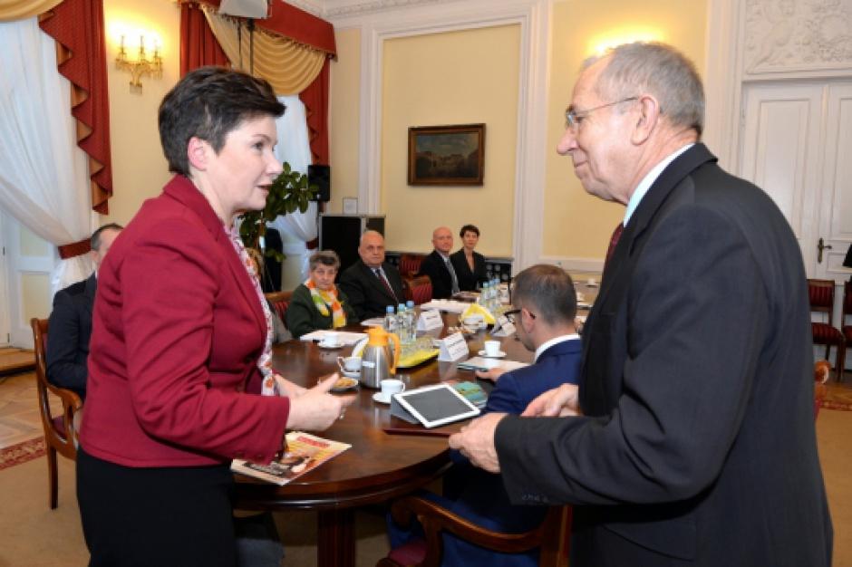 Obywatelski Parlament Seniorów ze wsparciem Gronkiewicz-Waltz