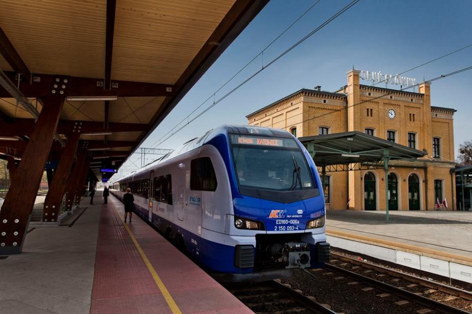 PKP i Pesa będą współpracować przy budowie lokomotywy elektryczno-spalinowej