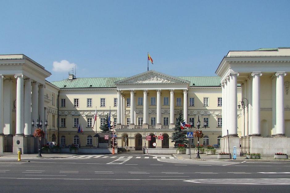 Reprywatyzacja, Biuro Gospodarki Nieruchomościami: Warszawski magistrat po kolejnych zmianach