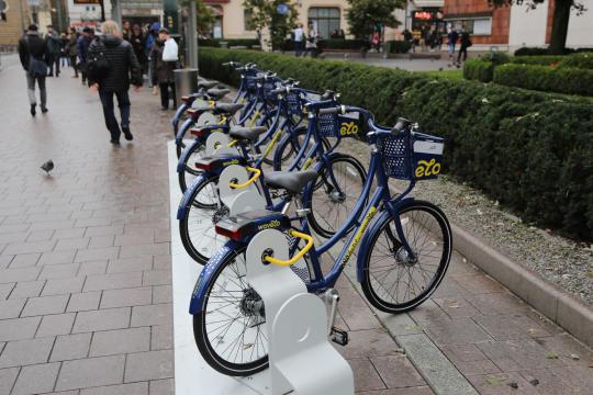 Rower można wypożyczyć i zwrócić na dowolnej stacji na terenie miasta (Fot.Bogusław Świerzowski/krakow.pl)