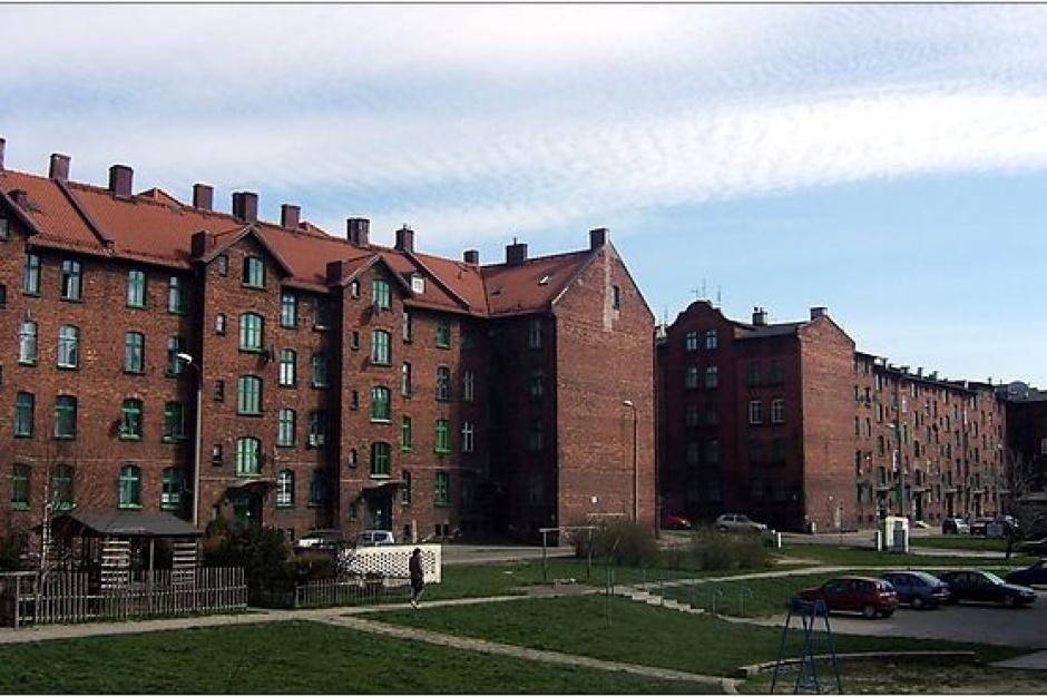 Ruda Śląska przejmuje pokolejowe mieszkania