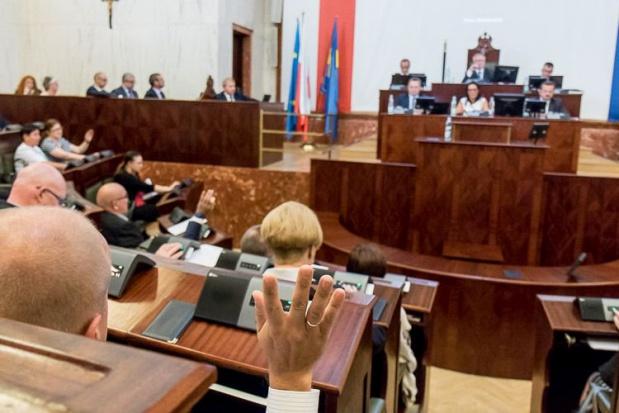 Prawo wodne: Śląski sejmik apeluje do rządu o wycofanie się z nowelizacji