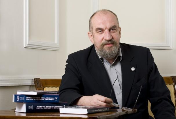 Prof. Modzelewski: Trzeba nowego modelu opodatkowania nieruchomości, gruntów i lasów