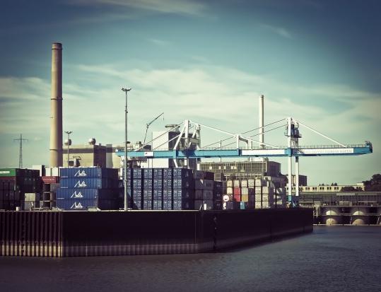 Świnoujście nie chce wielkiego portu. Ze Szczecinem, Gdańskiem i Gdynią chce wymusić nowe przepisy