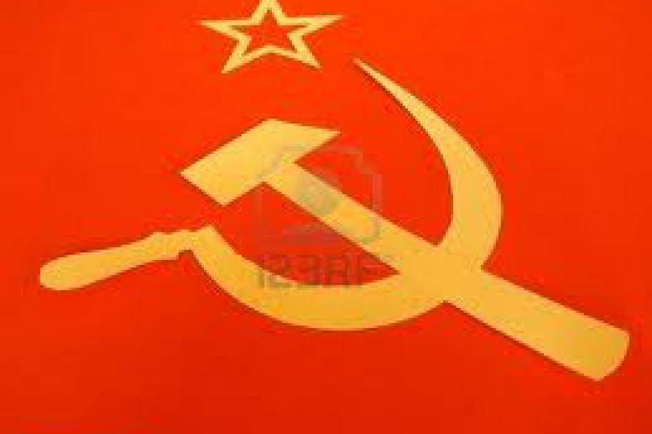 Senat. Projekt noweli o zakazie propagowania komunizmu skierowany do prac w komisjach