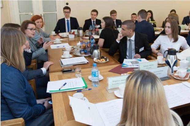 MEN: Rada Dzieci i Młodzieży nie jest ciałem politycznym