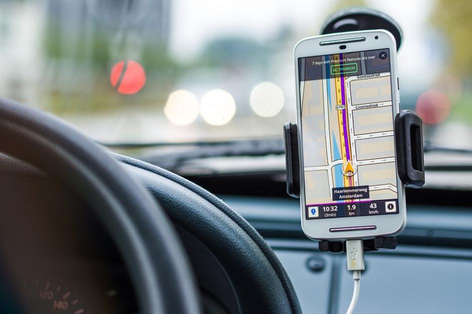 Smart parking w Krakowie: aplikacja wskaże wolne miejsca