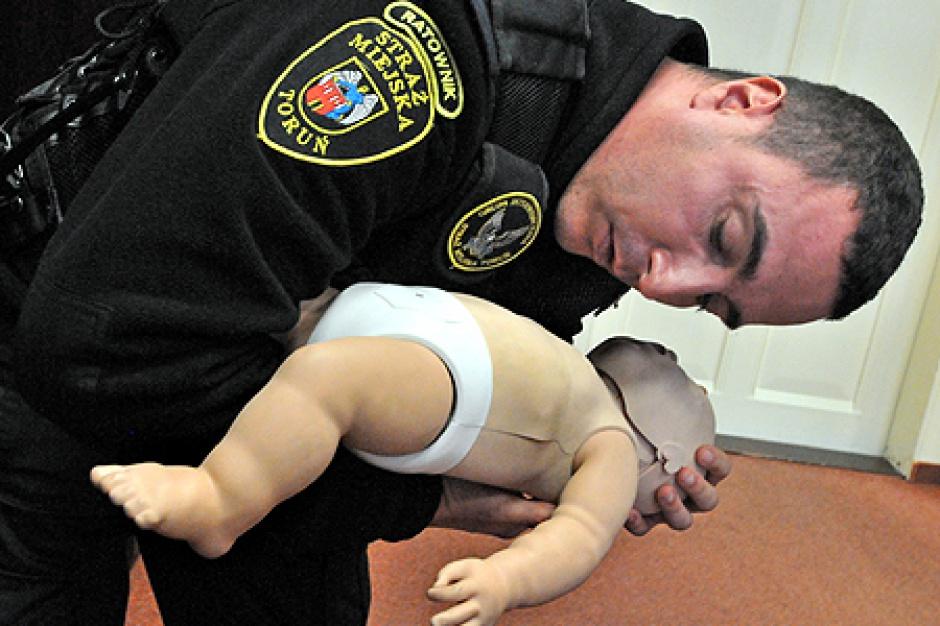 Toruń przeszkoli rodziców z pierwszej pomocy dzieciom