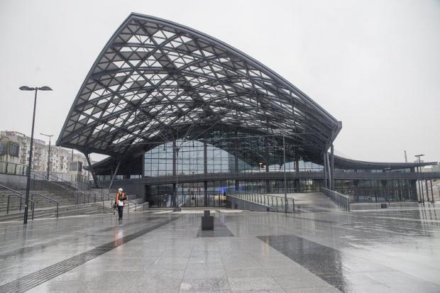 Łódź Fabryczna: Najnowocześniejszy dworzec czeka na pociągi