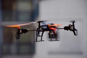 Zaprezentowano drona do mierzenia poziomu smogu