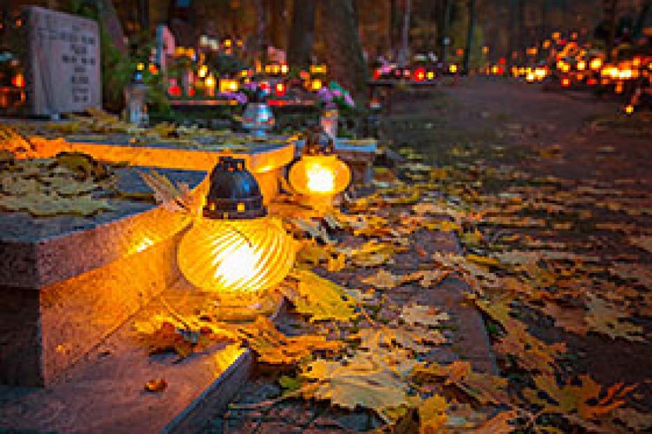 Lubliniec: przez granat musieli ewakuować cmentarz