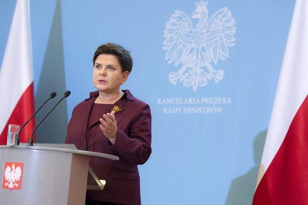 Reforma edukacji, Beata Szydło: nie będzie zmiany terminu wdrażania
