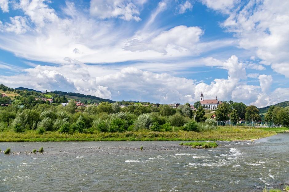 Nowe prawo wodne: Adam Struzik ostrzega rząd Beaty Szydło. W przypadku powodzi będzie katastrofa