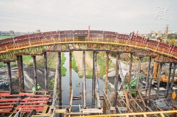 Lublin: Rośnie nowy most na Bystrzycy