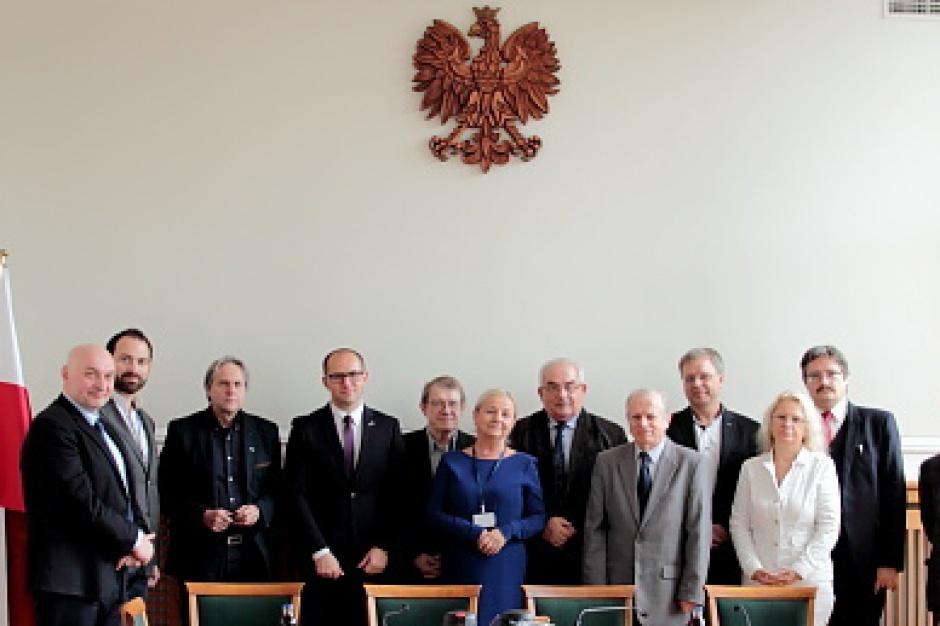 Minister Adamczyk powołał członków Głównej Komisji Urbanistyczno-Architektonicznej