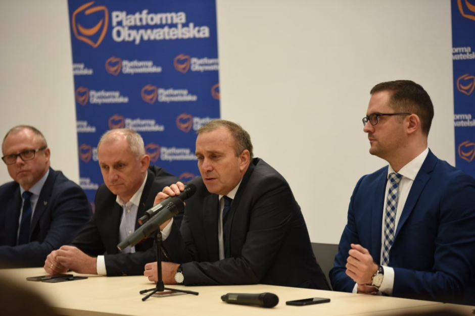Schetyna: wybory samorządowe kluczem do otworzenia następnych drzwi