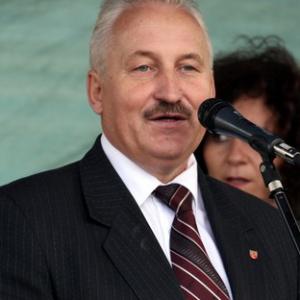 Gustaw Brzezin