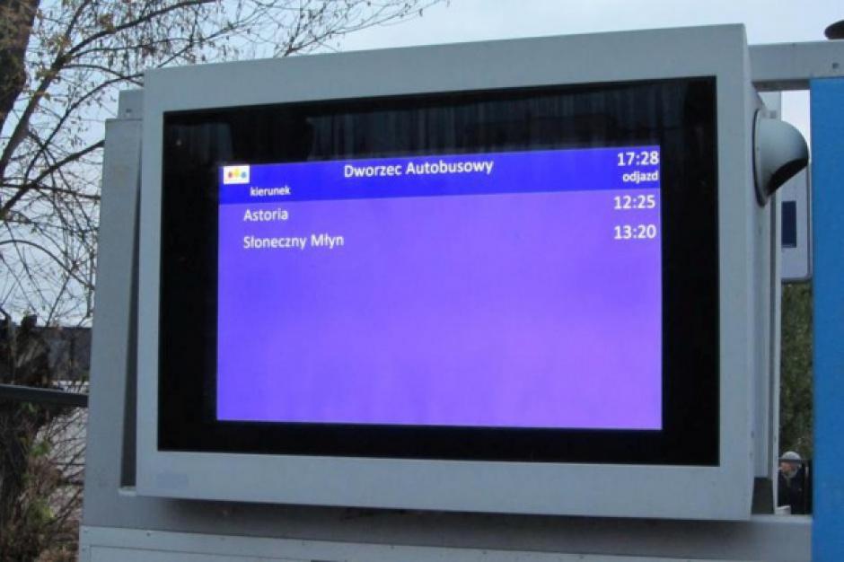 Bydgoszcz, osoby zaginione: Tablice na przystankach informują nie tylko o godzinie odjazów