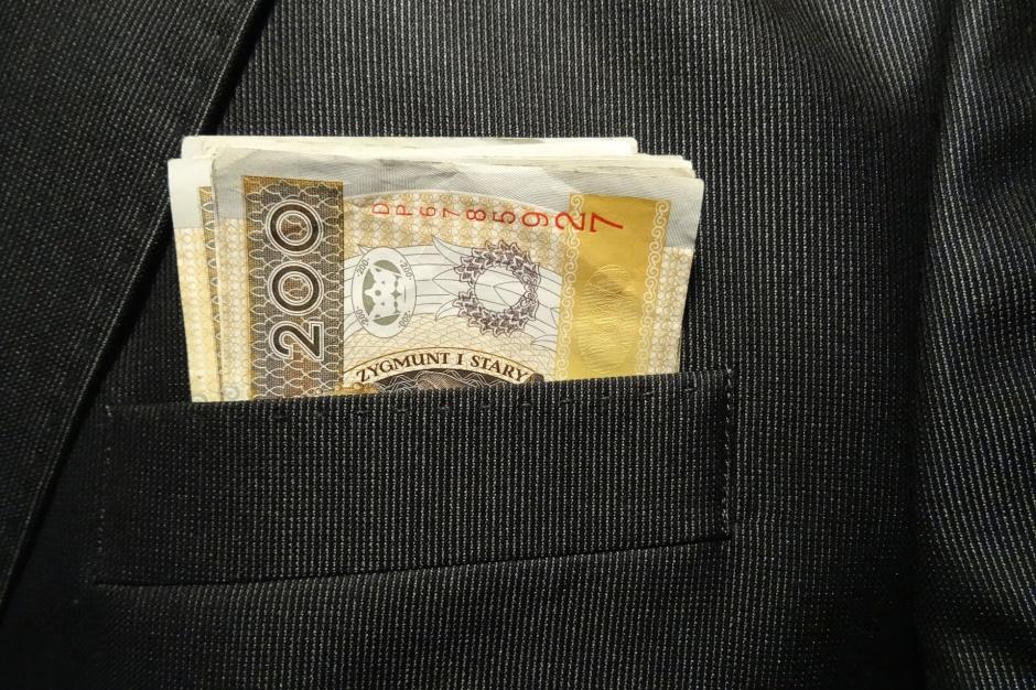 Obniżenie pensji prezydenta Białegostoku zgodne z prawem