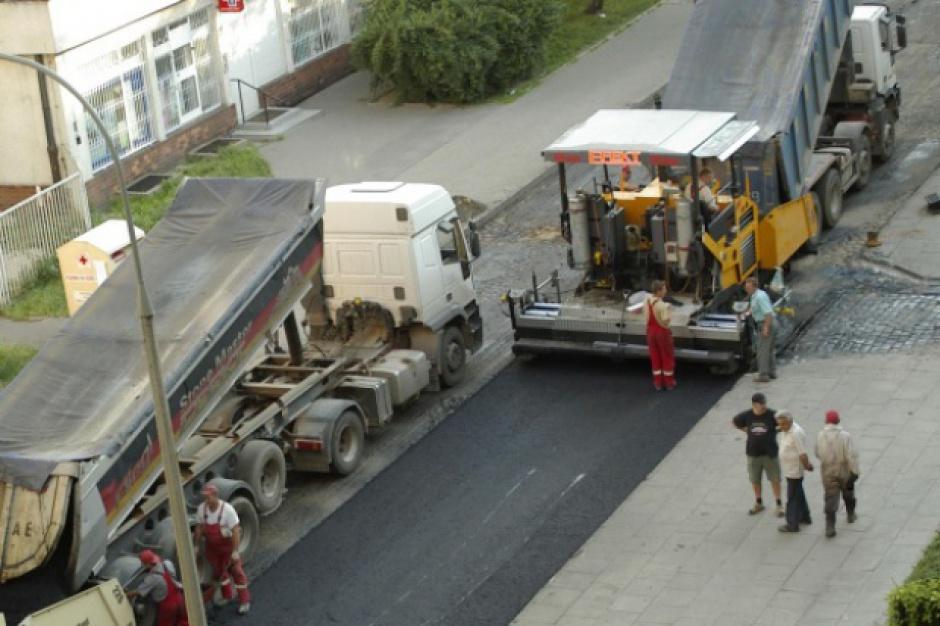 Remonty dróg lokalnych w świętokrzyskim. Kto skorzystał najbardziej?
