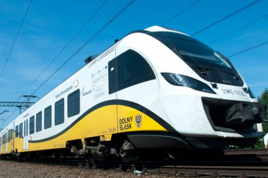 Przewozy Regionalne: Będzie jeden bilet na autobusy i pociągi?