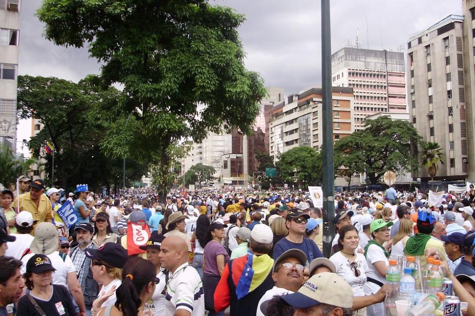 Zgromadzenia publiczne: Nowy pomysł PiS ograniczy wpływy samorządów