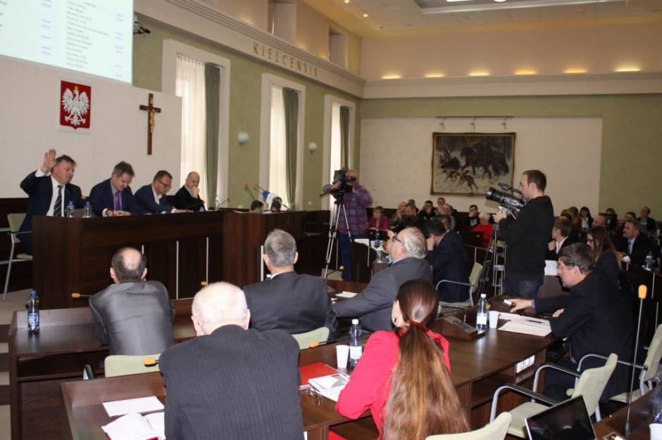 WSA: Procedowanie uchwał odwołujących prezydium Rady Miasta Kielce zgodne z prawem