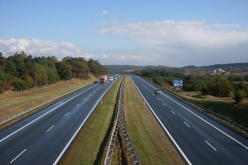 Na odcinku A4 między Krakowem a Katowicami można już płacić aplikacją