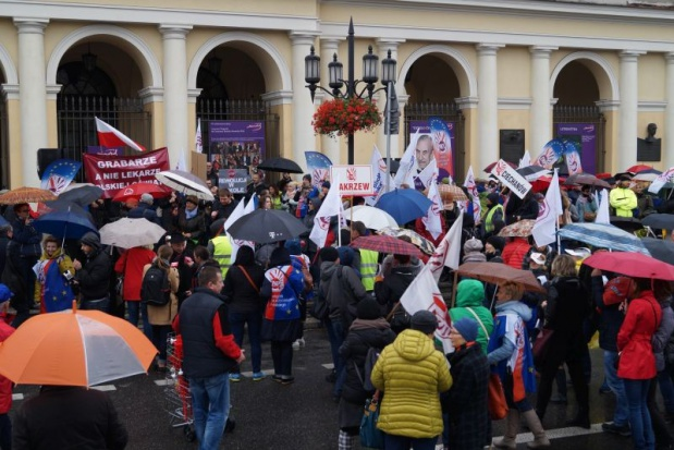 Reforma oświaty, likwidacja gimnazjów, ZNP, Sławomir Broniarz: Protest przeciwko zmianom w edukacji