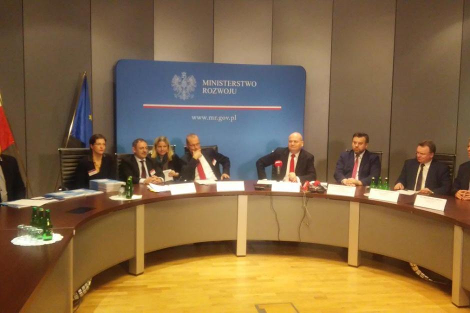 Instrument Łącząc Europę: Polska otrzyma 8 mld zł na transport