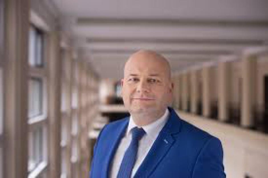 MR: na konta POIiŚ wpłynęło 665 mln euro odblokowanych przez KE