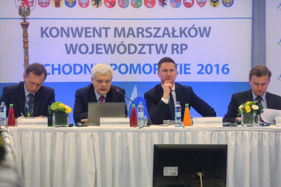 Marszałkowie z ministrami m.in. o polityce społecznej