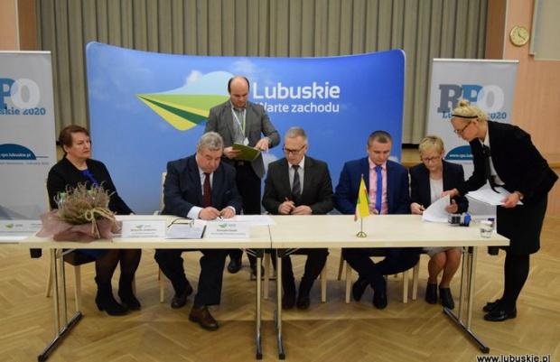 Lubuskie. Powiatowe centra pomocy rodzinie z unijnym dofinansowaniem