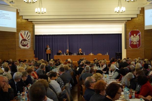 Broniarz: Samorządy zapłacą za reformę oświaty. To przygotowania PiS do wyborów samorządowych