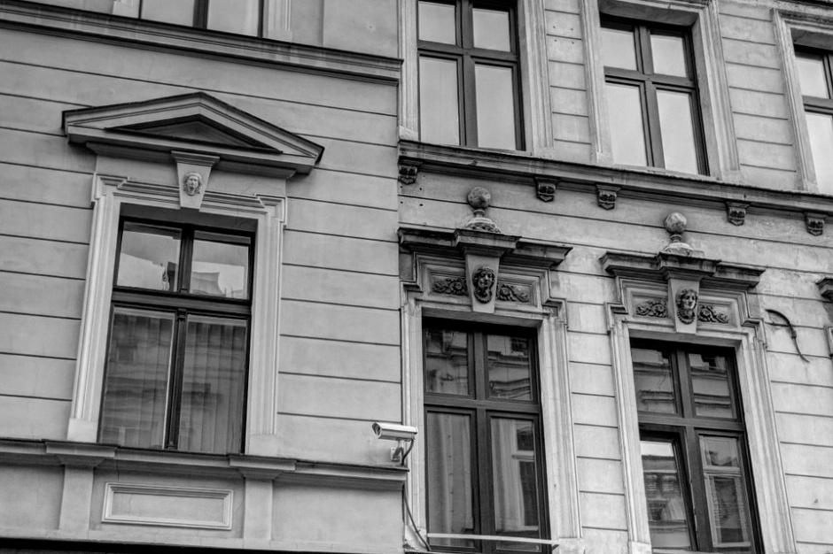 Olsztyn: Zabytkowe kamienice dzięki mieszkańcom odzyskują blask