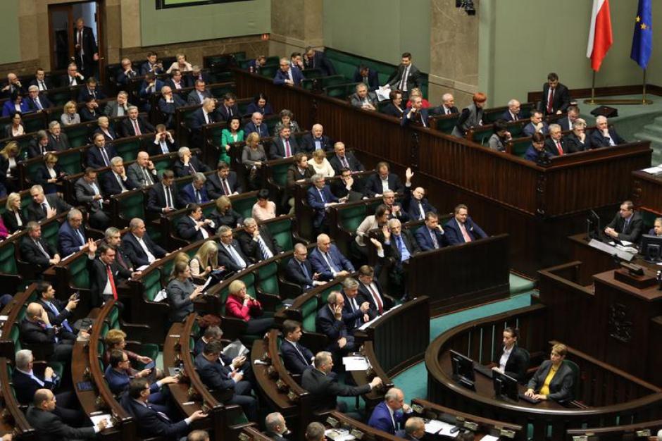 Zgromadzenia publiczne: Rząd chce ograniczyć manifestacje?
